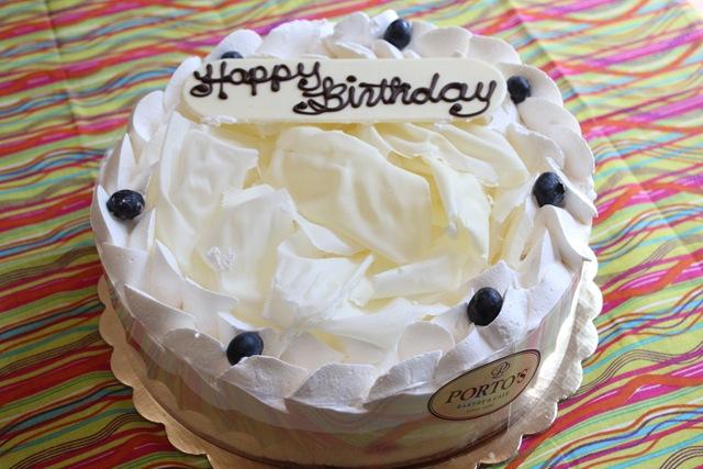 cheesecake factory birthday cake birthday cakes in cheesecake