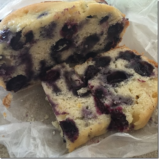 blueberry bread (1)