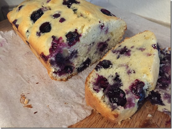 blueberry bread (6)