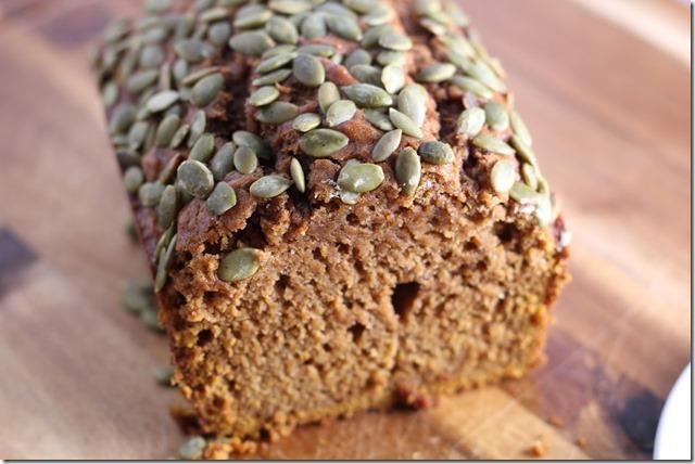Starbuck's pumpkin bread (9)